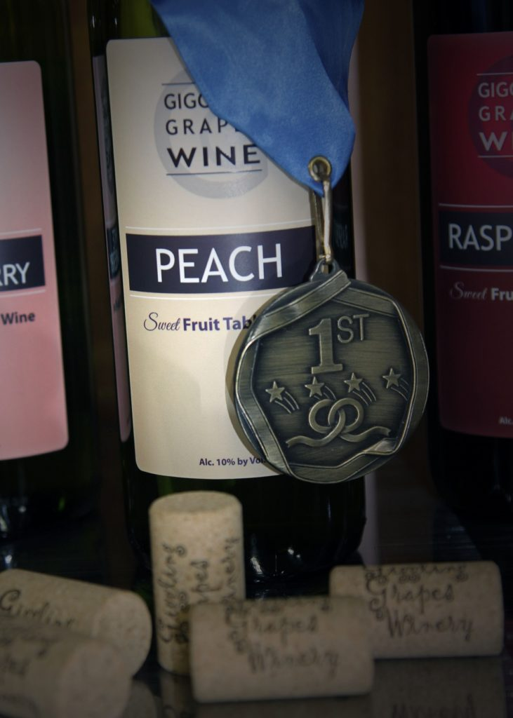 Giggling Grapes Winery Your Favorite Table Wine for Every Occasion Medal